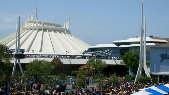 Space Mountain Closed as Disneyland Reviews Employee Safety
