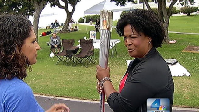 Leslie Billinger explains how she prepared to carry the weight of the Olympic torch. She ran a quarter of a mile on Day 52 in Oxford. Lolita Lopez reports July 9, 2012 for the NBC4 News at 5 p.m.