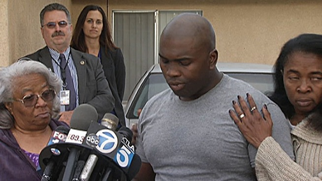 The TSA agent wounded in the shooting at LAX speaks for the first time. Tony Grigsby recalls his experience and speaks about coming face-to-face with the shooter. Hetty Chang reports from Willowbrook for the NBC4 News at 5 p.m. Monday, Nov. 4, 2013.
