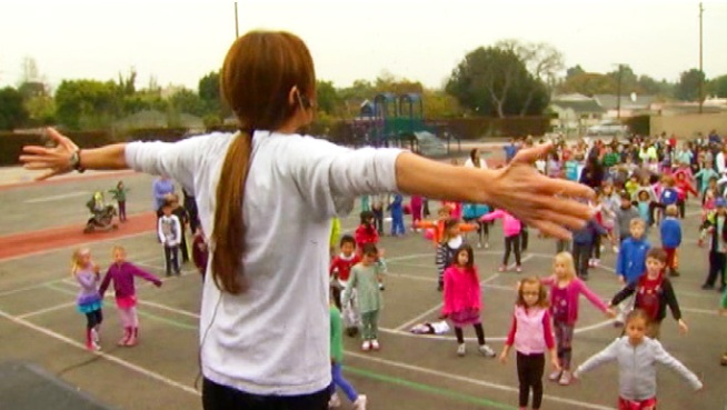 LAUSD Mom's Popular Fitness Program Attracts First Lady's ...
