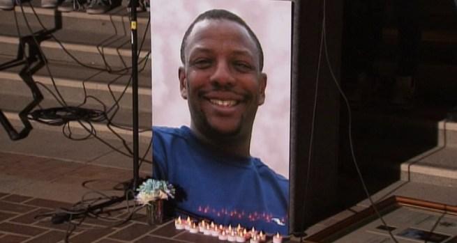 [LA] Hundreds Mourn Mentor, Coach Slain in Christmas Day Shooting
