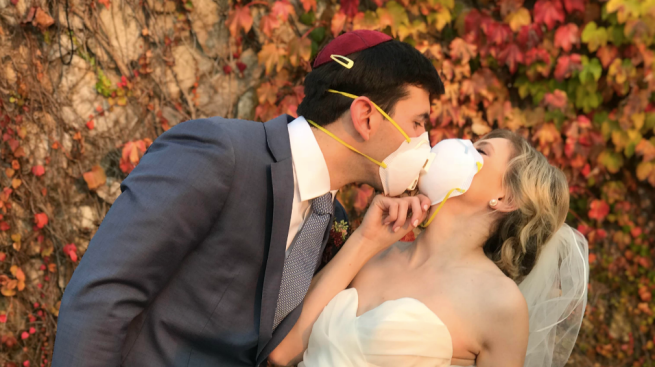 'Roll With the Punches': Oakland Couple Pulls Off Wedding Despite North Bay Fires