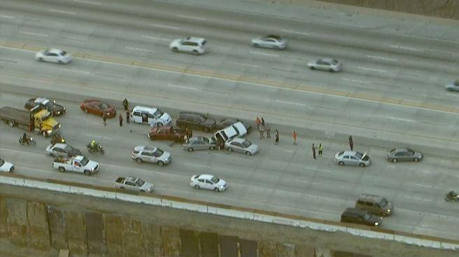 12 Vehicles in Pileup on 91 Freeway in Riverside County