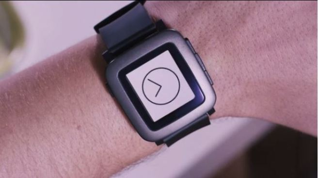 Pebble Selling Its Apple Watch Challenger on Kickstarter