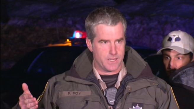 Lt. Patrick Foy of the California Department of Fish and Wildlife says a fatal firefight began after a warden recognized a man who appeared to be fugitive Christopher Dorner as he drove down Highway 38. John Cádiz Klemack reports from Highway 38 near Angelus Oaks for the NBC4 News at 9 p.m. on Feb. 12, 2013.