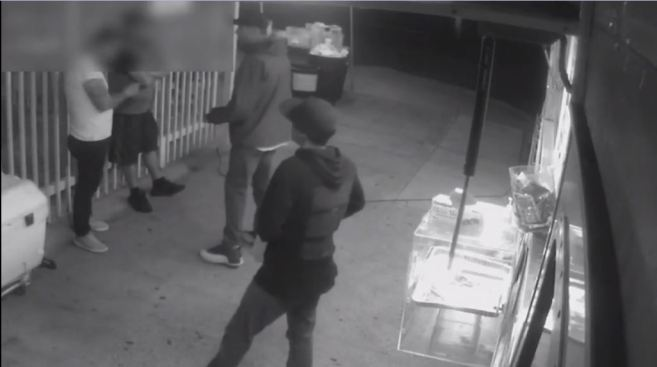 Armed Men Caught on Camera Holding Up Taco Truck