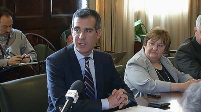 Eric Garcetti Officially Begins His Term as LA's 42nd Mayor