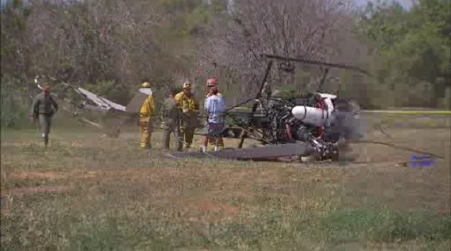 2 Injured After Helicopter Makes Emergency Landing