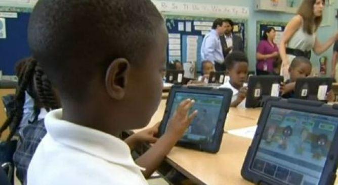 Union Calls for Investigation Into LAUSD iPad Program