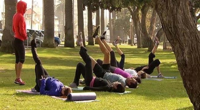 The City of Santa Monica is considering banning workout classes and boot camps from city parks, or requiring trainers to pay up for using public land. While people enjoy exercising under the trees, others say the training disturbs the peace at the park. Angie Crouch reports from Santa Monica for the NBC4 News at 5 p.m. on Nov. 26, 2012.