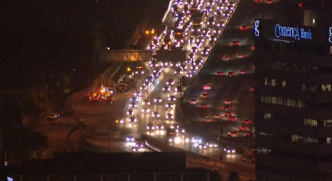 Jackknifed Semi-Truck Snarls Traffic for Hours on Northbound 405 Near Sherman Oaks