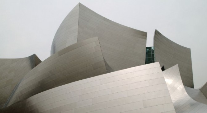 Expect a 'White Christmas' at Walt Disney Concert Hall
