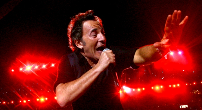 Bruce Springsteen Had Affair With My Wife: Hubby
