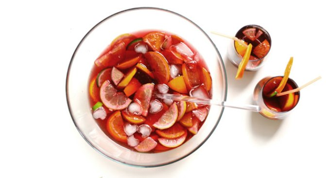 Sangria: Fruit's Cocktail