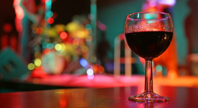 Sippin' Street Fair: Ventura Wine Walk