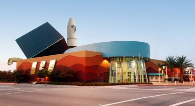 Discovery Science Center Heads for the Valley