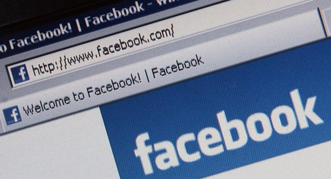 Facebook Starts Graphic Violence Warnings