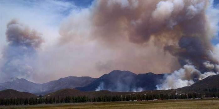 Mountain Fire Burns Near Idyllwild