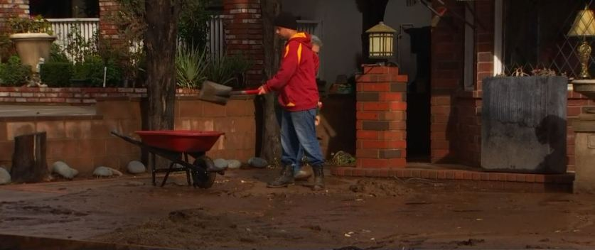Duarte Residents Crews Clean Up After Storm Evacuation
