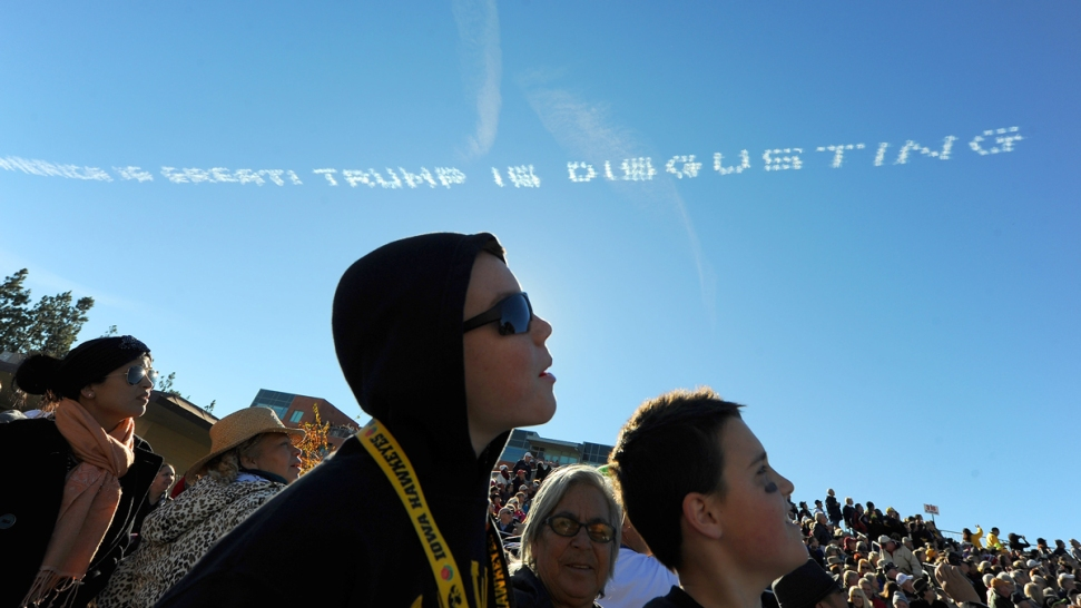 Skywriters Scold 'Disgusting' Donald Trump Over Rose Parade