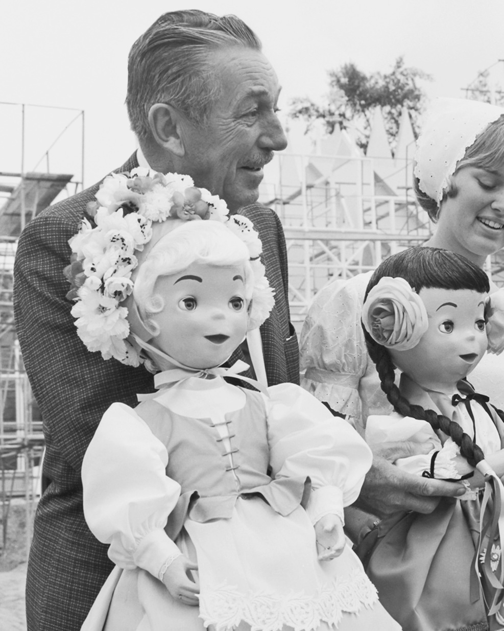Happy Birthday, Disneyland: Historic Photos From the Happiest Place ...