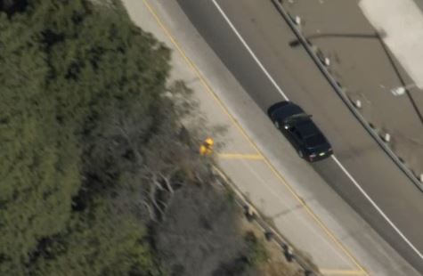 The driver of a reportedly stolen car led police on a pursuit in Los Angeles on Thanksgiving Day, 2017.