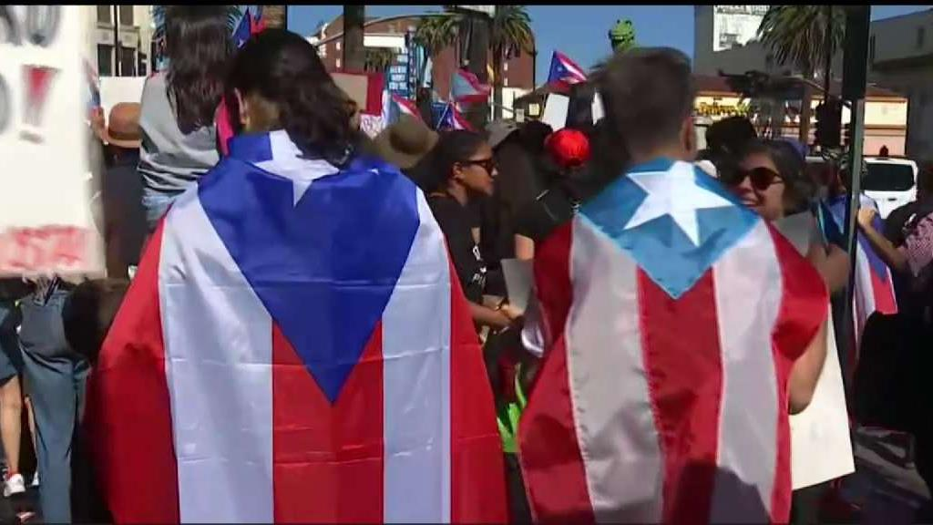 Crowds in Hollywood Protest Puerto Rican Governor