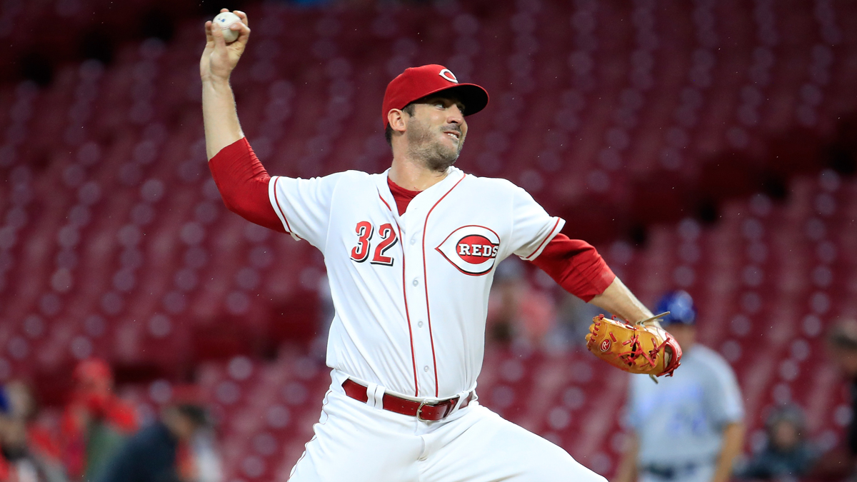 Angels Right-Hander Harvey Will be Sidelined for a Week