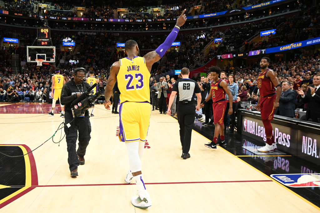 LeBron James #23 of the Los Angeles Lakers recognizes the fans after the Cleveland Cavaliers honored James during a time-out during the first half at Quicken Loans Arena on November 21, 2018 in Cleveland, Ohio.