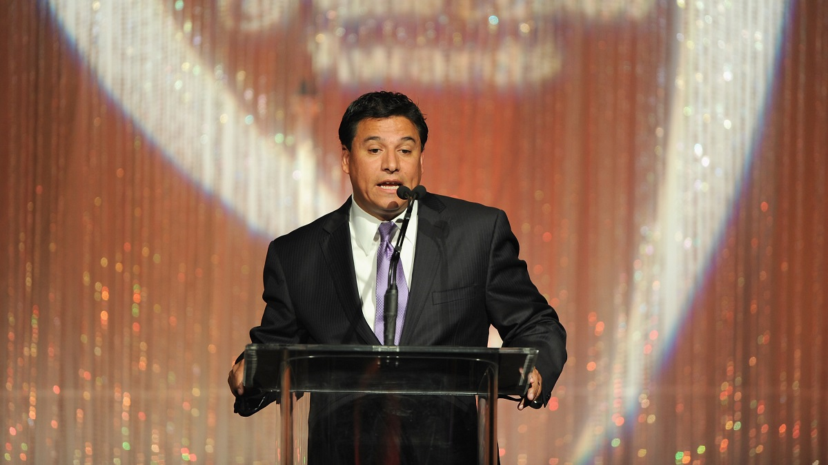 Councilman Jose Huizar speaks at The Midnight Mission's 11th Annual Golden Hearts Awards on May 9, 2011 in Beverly Hills, California. (Photo by Alberto E. Rodriguez/Getty Images)