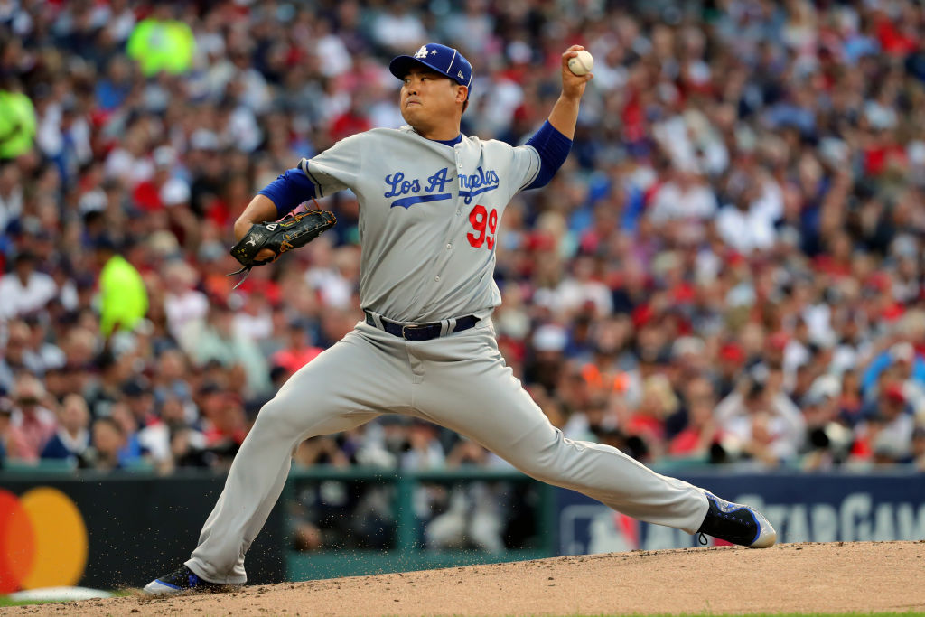 Dodgers' Ryu Placed on Injured List Due to Neck Soreness
