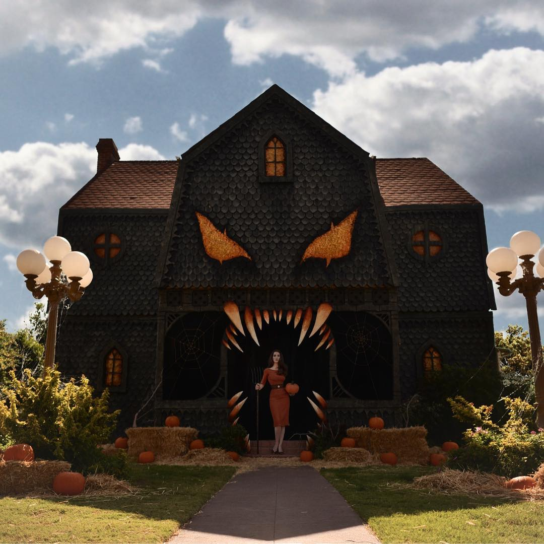Lots of strange things happen when your daughter hosts a creepy, campy cooking show on Netflix. For instance, sometimes your home gets turned into a razor-toothed monster mansion in preparation for Halloween.
