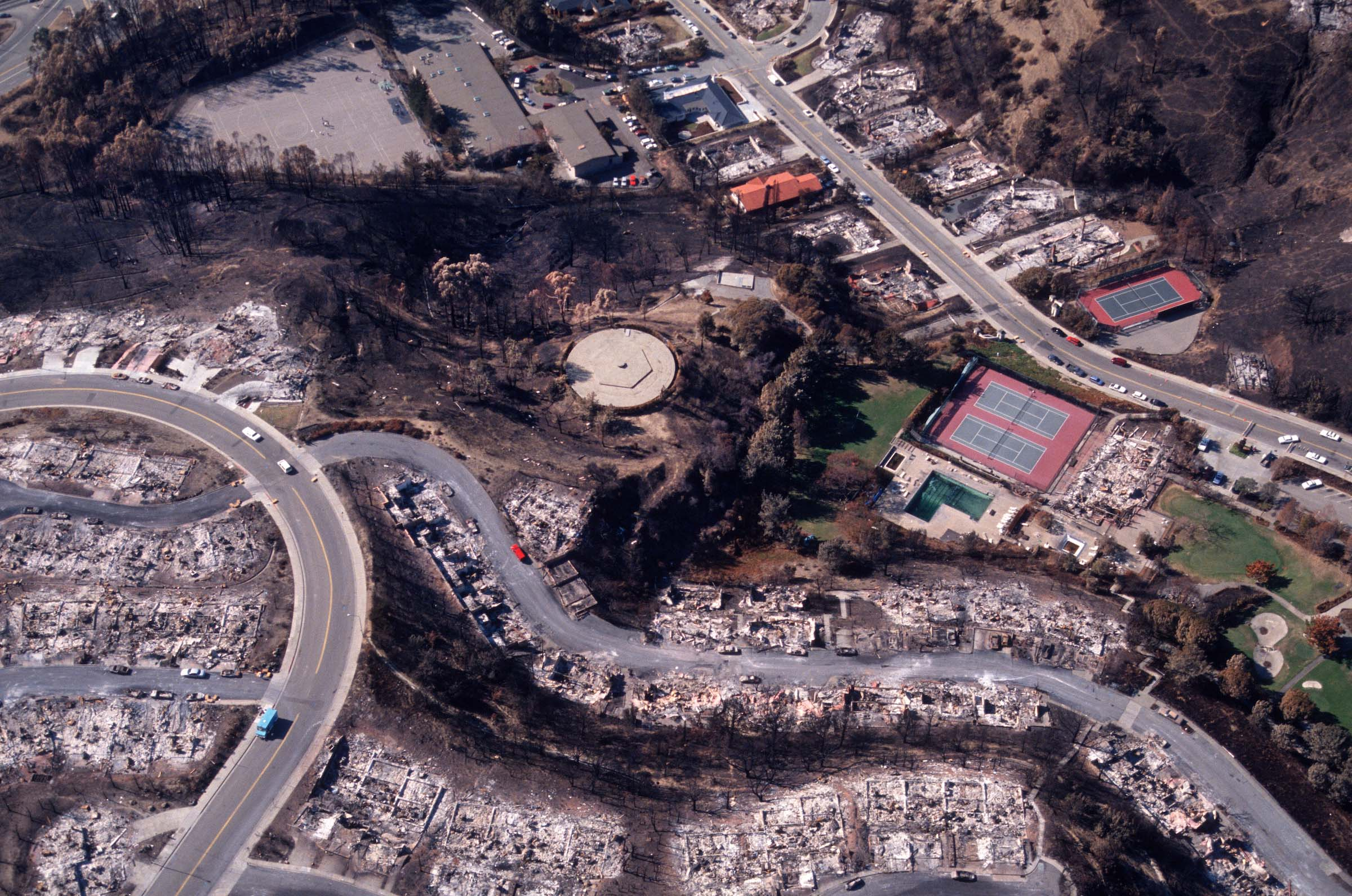 This aerial view looks onto the heavily populated Hiller Highlands neighborhood and the Highland Country Club in Oakland in the aftermath of the deadly 1991 Oakland Hills fire.