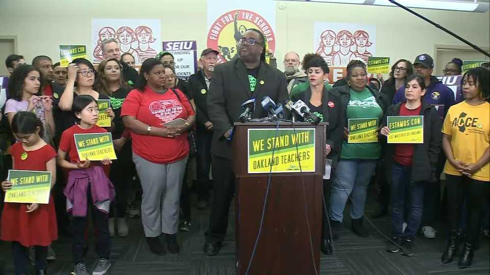 Nearly 3,000 Oakland Teachers Will Strike Thursday