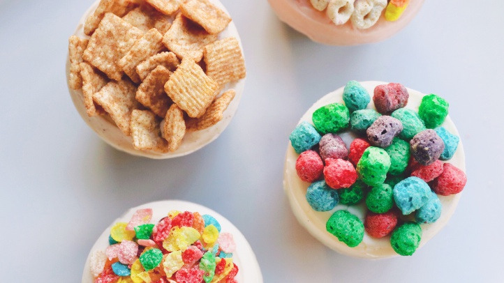Fruity Pebbles, Cinnamon Toast Crunch, Crunch Berries, and Lucky Charms will all star on top of their very own cupcakes, on select January dates, at Sprinkles.