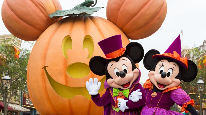 During Halloween Time at the Disneyland Resort, guests will encounter beloved characters dressed in fun seasonal costumes, including Mickey Mouse and Minnie Mouse. The Halloween season at the Disneyland Resort, which also features special attractions and entertainment, runs from Sept. 7 through Oct. 31, 2018. (Scott Brinegar/Disneyland Resort)